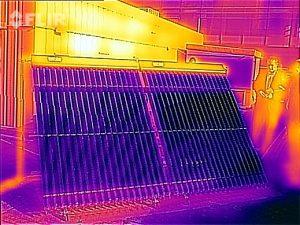 Thermal image of 2 x 30 tube Thermomax evacuated tube panels.